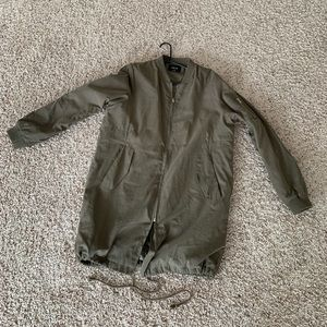 Olive green lightweight jacket Large